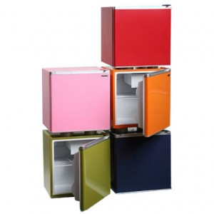 Best compact fridge in 2017 reviews and ratings - How to make a small fridge ...