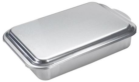 nordic-ware-classic-metal-cake-pan